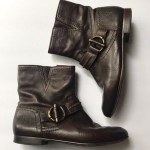 Frye Jillian toggle short boots